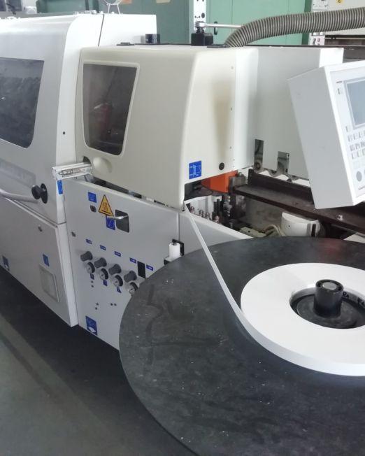 bordatrice SCM K203TE (01)